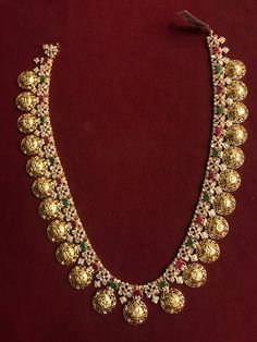 140 GMs Czs long necklace Ramdarbar *PREMRAJ SHANTILAL JAIN JEWELLERS* Indian Jewelry Sets, Indian Wedding Jewelry, Bridal Jewelry Sets, India Jewelry, Gold Jewellery, Gold Jewelry Simple, Pendant Jewelry, Jewelry Design, Fancy