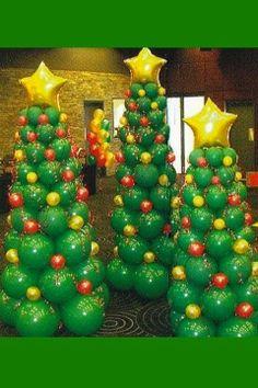 balloon art Christmas trees