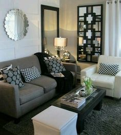 chic gray living room design with gray purple wlls paint. Black Bedroom Furniture Sets. Home Design Ideas
