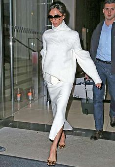 December 2015 Who: Victoria Beckham What: All White with Leopard Heels Why: The designer stepped out in a two-piece all-white look, punctuated by leopard heels for added interest. Moda Victoria Beckham, Style Victoria Beckham, Victoria Beckham Outfits, Victoria Beckham Fashion, Victoria Beckham Clothing, Victoria Fashion, Mode Outfits, Fashion Outfits, Womens Fashion
