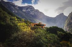 p+0 architecture cantilevers casa narigua over the mountains of northern mexico