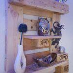 wooden-pallet-shelf