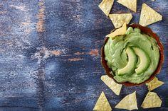 Wij bij freshhh zijn fan van wraps, taco's en tortilla's. Wel maken we erg graag onze eigen sausjes voor erbij. Zoals deze avocado-yoghurt dressing.