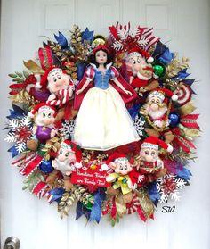 Christmas WreathSnow White and 7 DwarfsLarge by SeasonalWreaths