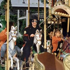 Michael Jackson Quotes, Michael Jackson Bad Era, Most Beautiful Eyes, Jackson Family, Cartoon Wallpaper, Love Of My Life, Art Girl, True Love, The Dreamers