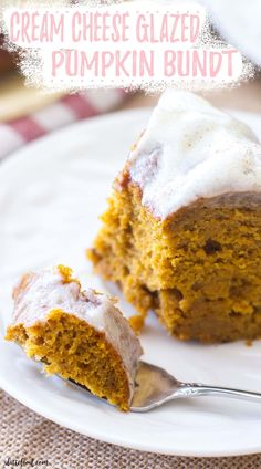 This is the best Cream Cheese Glazed Pumpkin Bundt Cake recipe! A moist pumpkin cake is topped with a cream cheese glaze. It's a perfect fall dessert idea that is always a crowd pleaser! Pumpkin Bundt Cake, Pumpkin Cake Recipes, Pumpkin Dessert, Pumpkin Foods, Pumpkin Drinks, Pumpkin Spice, Thanksgiving Desserts Easy, Fall Dessert Recipes, Delicious Desserts