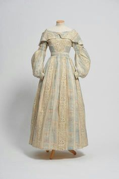 1838 summer dress 1800s Fashion, 19th Century Fashion, Victorian Fashion, Fashion Fashion, Winter Fashion, Costume Collection, Dress Collection, Vintage Dresses, Vintage Outfits