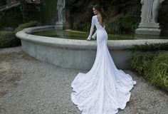 Sexy Open Back White Long Sleeve Lace Wedding Dresses High Neck Bride Dresses With Long Train 2014