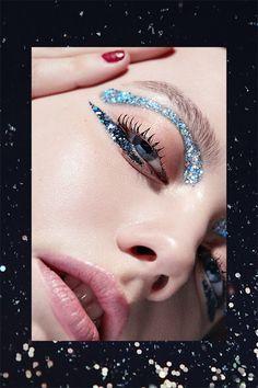 Verschiedene Texturen Make-up – Matte Lips, Glossy Lids Kiss Makeup, Eye Makeup, Glitter Makeup, Make Up Ojos, Fashion Show Makeup, Glossy Lids, Makeup Obsession, Different Textures, Setting Spray