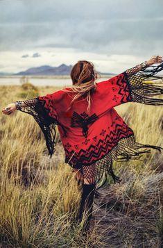 bohemian boho style hippy hippie chic bohème vibe gypsy fashion indie folk look outfit Hippie Chic, Hippie Style, Ethno Style, Estilo Hippie, Gypsy Style, Boho Gypsy, Bohemian Mode, Bohemian Style, Boho Chic
