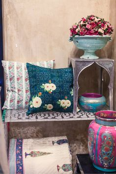 Our Kashmir Inspired Design Collection Farah Baksh At The Good Earth Raghuvanshi Mills Store In Mumbai