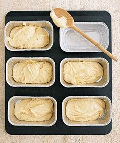 Lemon Pound Cake by Real Simple. This Lemon Pound Cake recipe is perfect for making individual servings which are great to give as gifts. You can even make them ahead and freeze for the ultimate convenient treat. Lemon Desserts, Lemon Recipes, Just Desserts, Delicious Desserts, Dessert Recipes, Yummy Food, Dessert Healthy, Lemon Cakes, Water Recipes