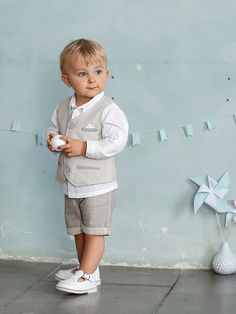 Classic and stylish sandals to wear on small as well as big occasions! MATERIAL CONTENT Uppers: smooth leather, with cut-out details on the top Lining: leather Cushioning: lea Little Boy Fashion, Baby Boy Fashion, Fashion Kids, Toddler Boys, Kids Boys, Baby Kids, Baby Fur Vest, Boys Formal Wear, 3 Years Old Baby