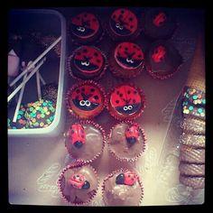 Ladybird buns Buns, Cake, Desserts, Food, Pie Cake, Meal, Bread Rolls, Cakes, Deserts