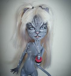 Zeemitzu : My monster high repainted doll #meowlody #cats #sister #doll #dolls…