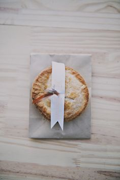 Mini pie favors for guests // photo by Sassyfras Studios.
