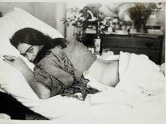 Frida de barriga para baixo por Nickolas Muray (1946), do Museu Frida Kahlo (Foto: MON / Divulgação)