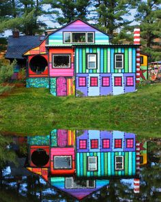 The Whimsical Rainbow House that Sweaters Built is by Katwise an artist with so much talent it jumps off the page. Tour her fun rainbow house called Calico. Rainbow House, Colourful Buildings, Colorful Houses, Unusual Homes, Amazing Architecture, Classical Architecture, House Painting, House Colors, Rainbow Colors