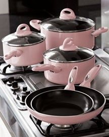 Kitchen Pots and Pans. I am not an overly pink loving person, but I really am loving these. How fun to cook with.Pink Kitchen Pots and Pans. I am not an overly pink loving person, but I really am loving these. How fun to cook with. Pink Love, Cute Pink, Pretty In Pink, Pink Kitchenaid Mixer, Tout Rose, Girly, Pink Houses, Cookware Set, Everything Pink