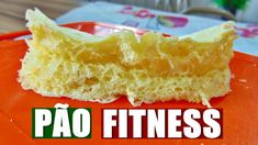 PÃO FITNESS DE MICROONDAS SEM FARINHA | RECEITA FITNESS Cornbread, Fitness, Cheesecake, Ethnic Recipes, Desserts, Low Carb, Youtube, Microwaves, Recipes