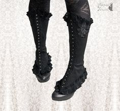 Spats Maeror, Victorian inspired shoe covers, Steampunk black spats, Somnia Romantica by Marjolein Turin