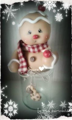 Gingerbread, porcelana fría, Navidad Christmas Gingerbread Men, Polymer Clay Christmas, Cute Christmas Gifts, Cute Polymer Clay, Polymer Clay Animals, Cute Clay, Christmas Art, Christmas Ornaments, Clay Projects