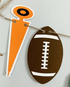 Football birthday party decorations designed and crafted by Declan & Smith Party Décor. #footballdecorations #footballbirthdayparty Baseball First Birthday, Football Birthday, Sports Birthday, First Birthday Photos, Baseball Centerpiece, Baseball Party Decorations, First Birthday Party Decorations, Football Phrases, Football Baby Shower