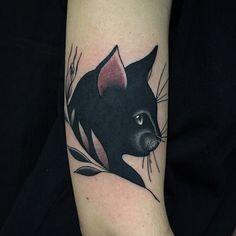 Resultado de imagen para black cat tattoos
