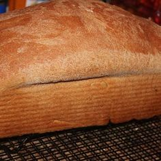Bread Baking Checklist Bread Baking Checklist – easy bread machine method to make white bread you will love! Find the recipe here: bakeyourbestever…. or find the book here: bakeyourbestever…. Pan Bread, Bread Baking, Baking Tips, Baking Recipes, Drink Recipes, Amish White Bread, Yeast Bread Recipes, Bread Starter, How To Make Bread