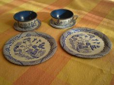 Antique Tins | Vintage Play Set Tea Cup Saucer Plate Blue and White Tin Metal - Tea ...