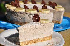 Cheesecake fara coacere cu banane   Retete culinare cu Laura Sava Bottle Washing Machine, Bottle Washer, Recycled Glass Bottles, Something Sweet, Cheesecakes, Vanilla Cake, Sweet Tooth, Deserts, Food And Drink