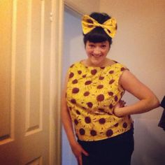 Possibly the happiest #vintagepledge make to date - Simplicity 1364!
