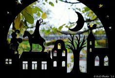 Sint voor het raam
