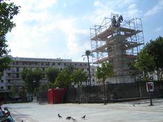 #andamios para el monumento a San Fernando, Plaza Nueva, Sevilla. Oblicua de la restauración