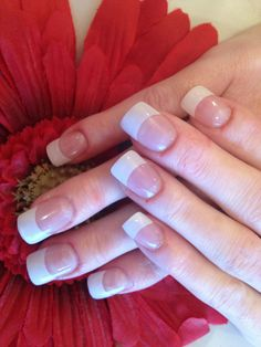 5 Things You Need Know About The French Manicure