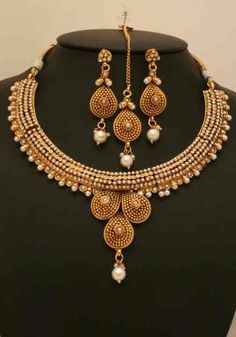 Indian Polki Jewelry with Gold plated Clear and Imitation Pearls -06PLKF15  http://www.craftandjewel.com/servlet/the-1589/Indian-Polki-Jewelry-with/Detail