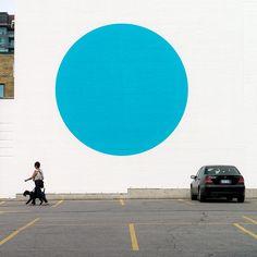 [daily dose of imagery] the Blue Dot      Panasonic GX1/Lumix14-140@25 | 1/400s | f10 | ISO160