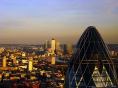 A recent land sale in the UK's capital city has indicated to Simon Morris that the lucrative London property development market could be going underground. http://www.simonmorrisuk.com/blog/simon-morris-london-property-development-goes-underground/