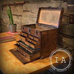 Pretty awesome jewelry box :) Vintage Industrial Gerstner Antique Oak Tool Box Parts Bin Jewelry Box Steampunk Antique Tools, Old Tools, Vintage Tools, Vintage Decor, Wood Tool Box, Wooden Tool Boxes, Wood Boxes, Industrial Furniture, Vintage Industrial
