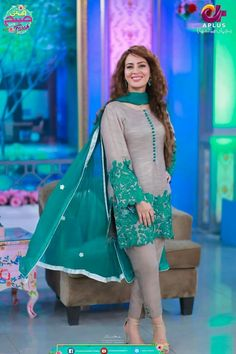 Simple Pakistani Dresses, Pakistani Dress Design, Pakistani Outfits, Simple Dresses, Indian Outfits, Indian Dresses, Casual Dresses, Fashion Dresses, Stylish Dresses