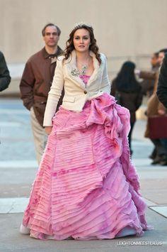 """Blair wears an Oscar de la Renta Resort 2012 gown in 5x19 """"It Girl Interrupted"""""""