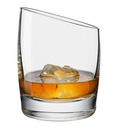 Whisky has never known such a swanky glass! The elegant Eva Solo Whisky Glass is available now from Everything But Flowers. Whiskey Cocktails, Bourbon Whiskey, Scotch Whisky, Malt Whisky, Bourbon Cocktails, Irish Whiskey, Vodka, Flute Champagne, Whiskey Glasses