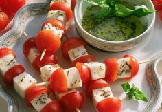 Brochettes de tomates et mozzarella facile