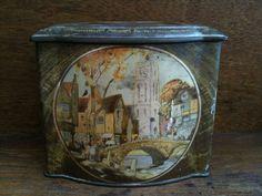 Tienda galleta inglesa vintage de la lata / inglés