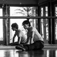 Спокойной ночи ❤❄✨☄ _______ #сергейполунин #полунин #танцор #sergeipolunin #polunin #dancer #balletdancer #ballet #emotion #choreography #ballet #smiling #capture #moment #flexibility #author #book #january #mirror #backstage #photography #fashion #model #russia #ukraine #украина #россия #projectpolunin #проектполунин