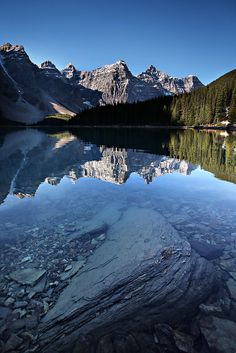 moraine lake, jasper national park, canada   nature photography + waterscapes #adventure