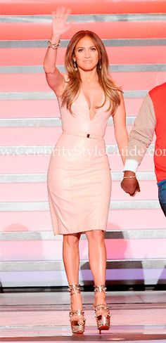 Jennifer Lopez looked stunning again in the Reem Acra Nappa Leather Dress as she took to the stage with Steven Tyler and Randy Jackson for the live elimination show for 'American Idol'.