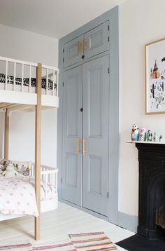 Modern Scandi Kids Bedroom Makeover - Shared Hosting - The first room in our new home is finished-take a look at our grey-blue Scandi kids room makeover and how it was before we started Painted Wooden Floors, Painted Wardrobe, Bedroom Cupboards, Cupboard Handles, Ideas Hogar, Furniture Makeover, Diy Furniture, Painting Furniture, Furniture Outlet