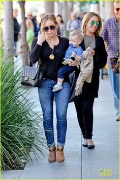 Hilary Duff & Luca: Lunch with Haylie!