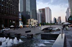 Cheonggyecheon, Seoul, Korea 서울 청계천